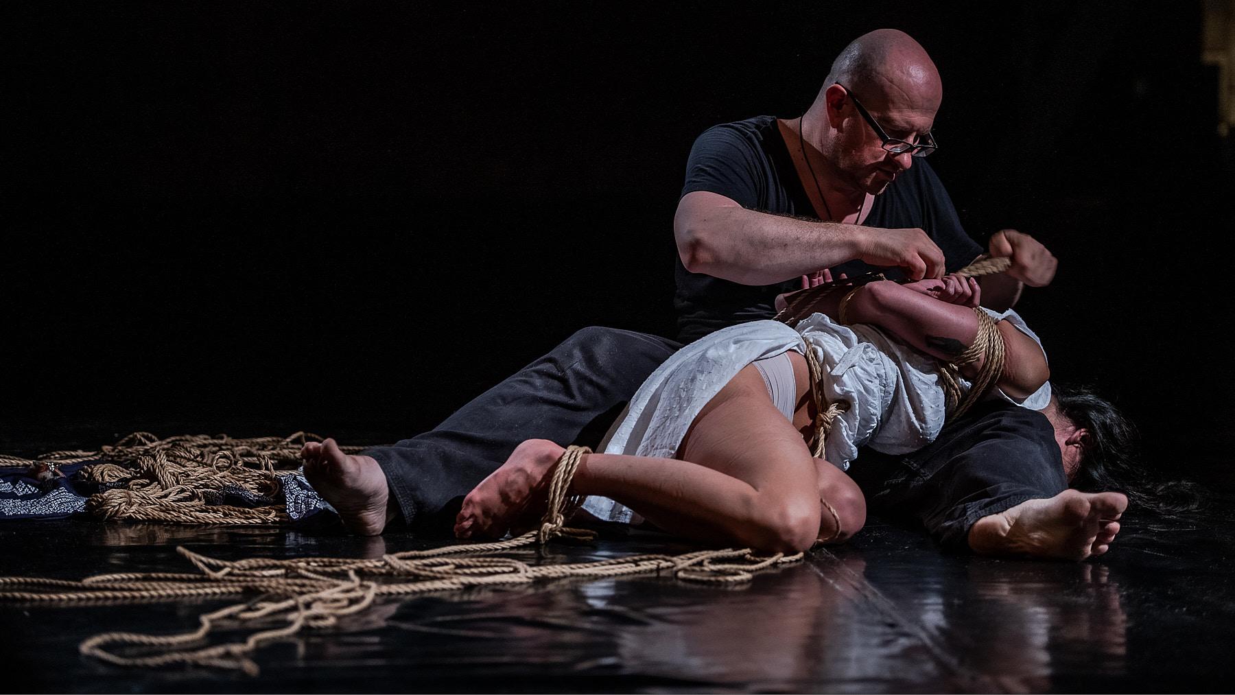 Performance Shibari Lounge Antwerp Kinbaku